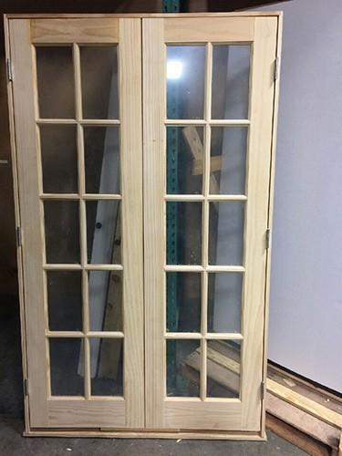 #Z046 4-0 x 6-8 Pine Interior Doubles