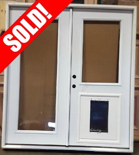 #Z31817 6'0 wide Steel Patio with Pet Door